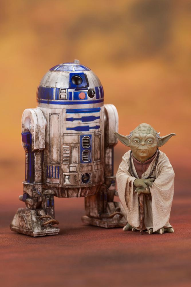 Star Wars Yoda Amp R2d2 Dagobah Figure Pack Gamestop