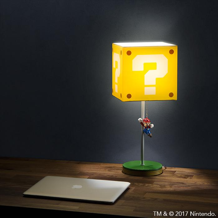 Nintendo: Super Mario Question Block Lamp