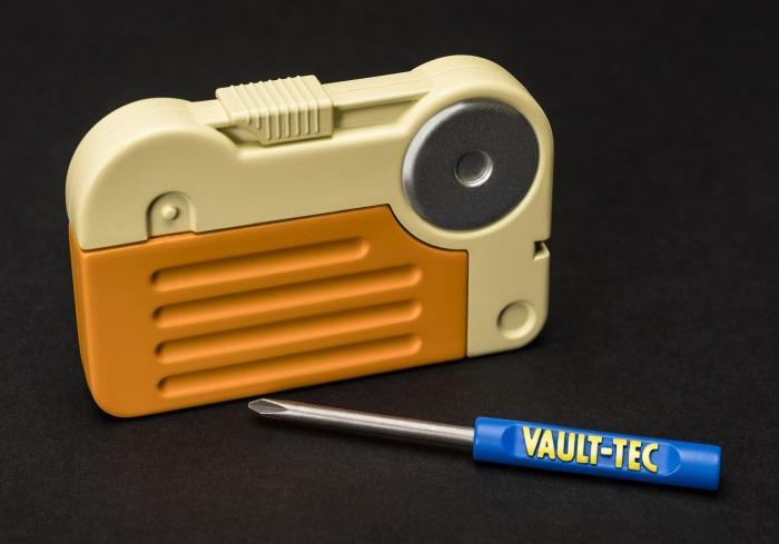 Fallout 76 Pip-Boy 2000 Mk VI [GameStop Exclusive]