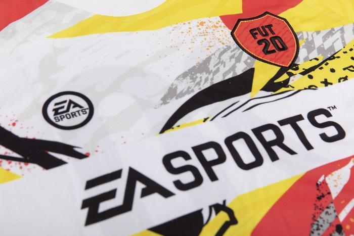 Fifa 20 Ultimate Team™ Away Jersey - 11-12 [Endast Hos GameStop]